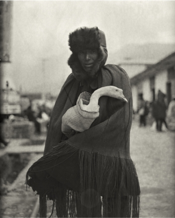 """""""Man Clutching Goose"""" (2006) Silver gelatin print, several sizes © Courtesy of M97 Gallery 