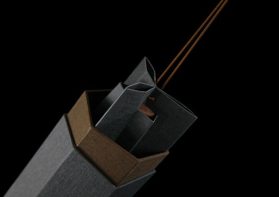 Rong branding & packaging