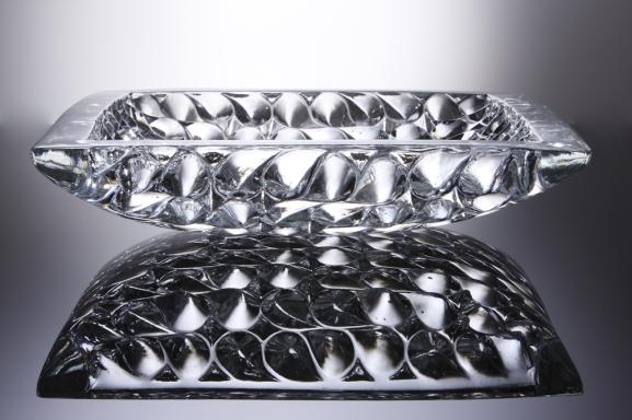 edc6a-ameobapool20122c18inchsq2ccastleadcrystalglass28629