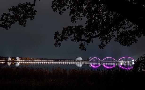 lumenpulse-20-94_636_en_solvesborg_bridge_03