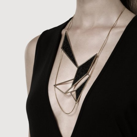 STRAYLIGHT NECKLACE