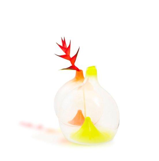 waterdrop-jugs-orange-flower-esque-studio.jpg